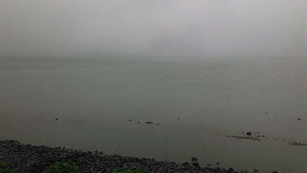 Lake@Malshej