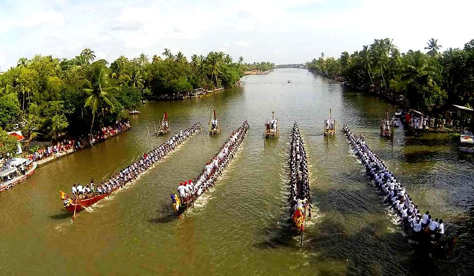 snake boat race in kerala